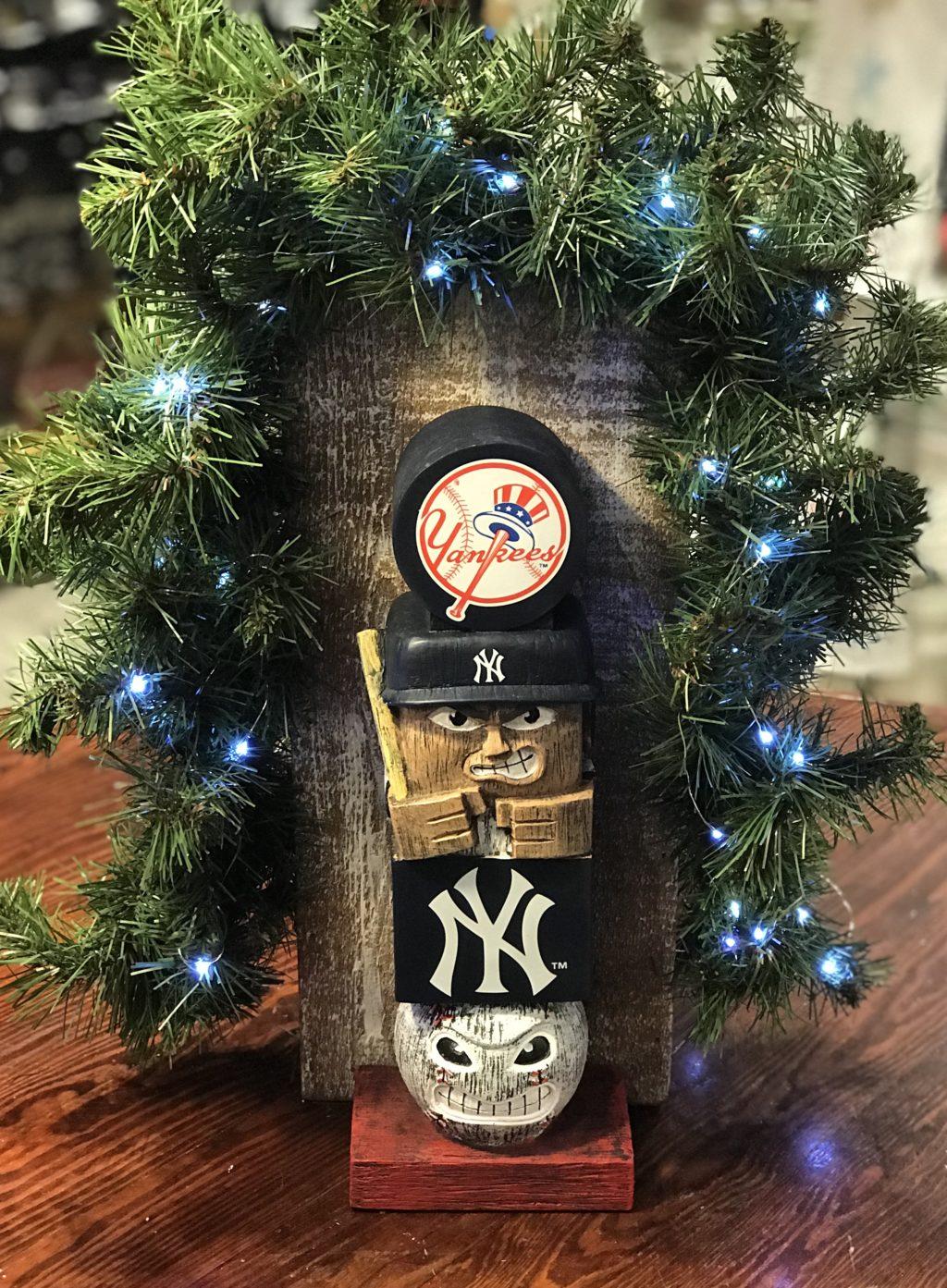 new york yankees tiki totem