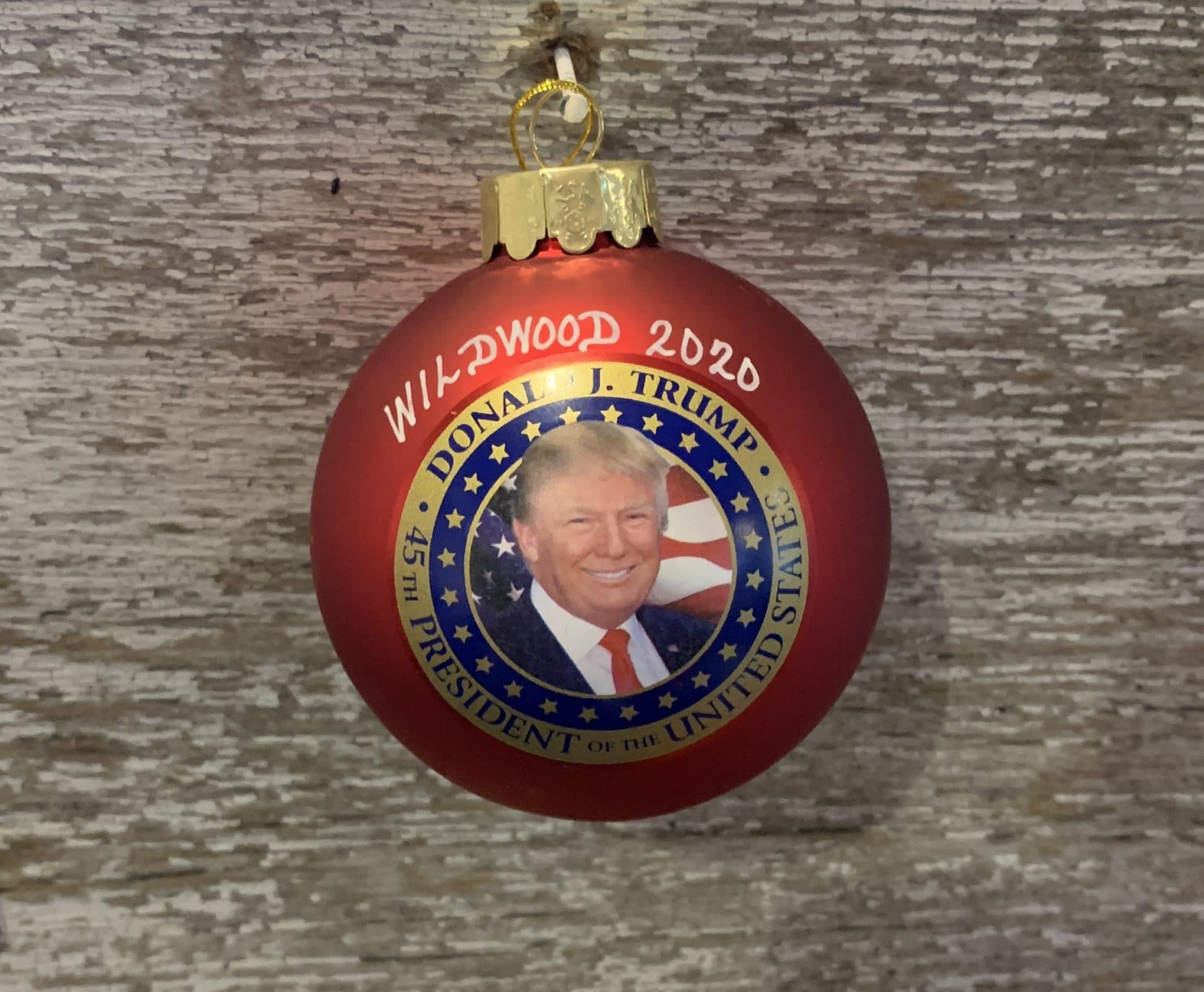 Trumps Christmas Picture 2020 Donald Trump Wildwood 2020 Commemorative Christmas Ball
